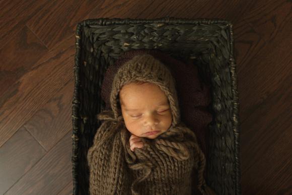 Brampton, in home newborn session